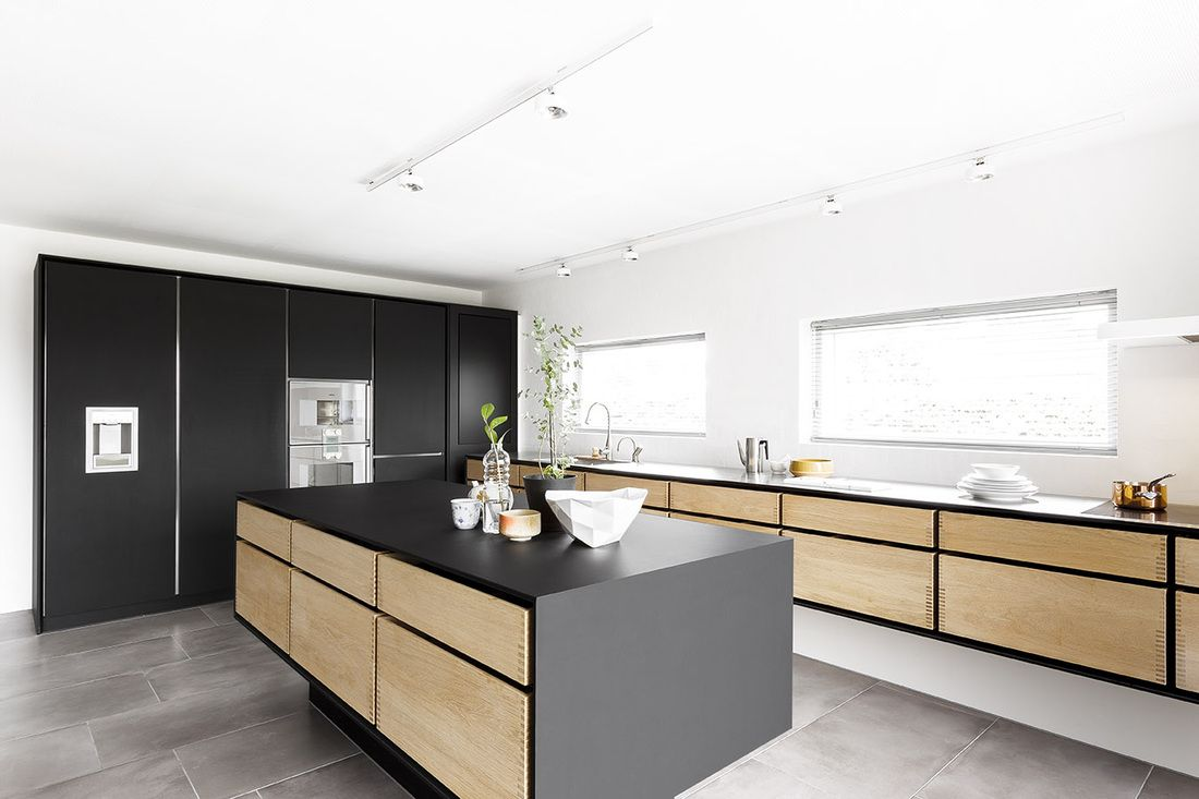 Best As A Bespoke Kitchen Manufacturer We Are Able To Do 400 x 300