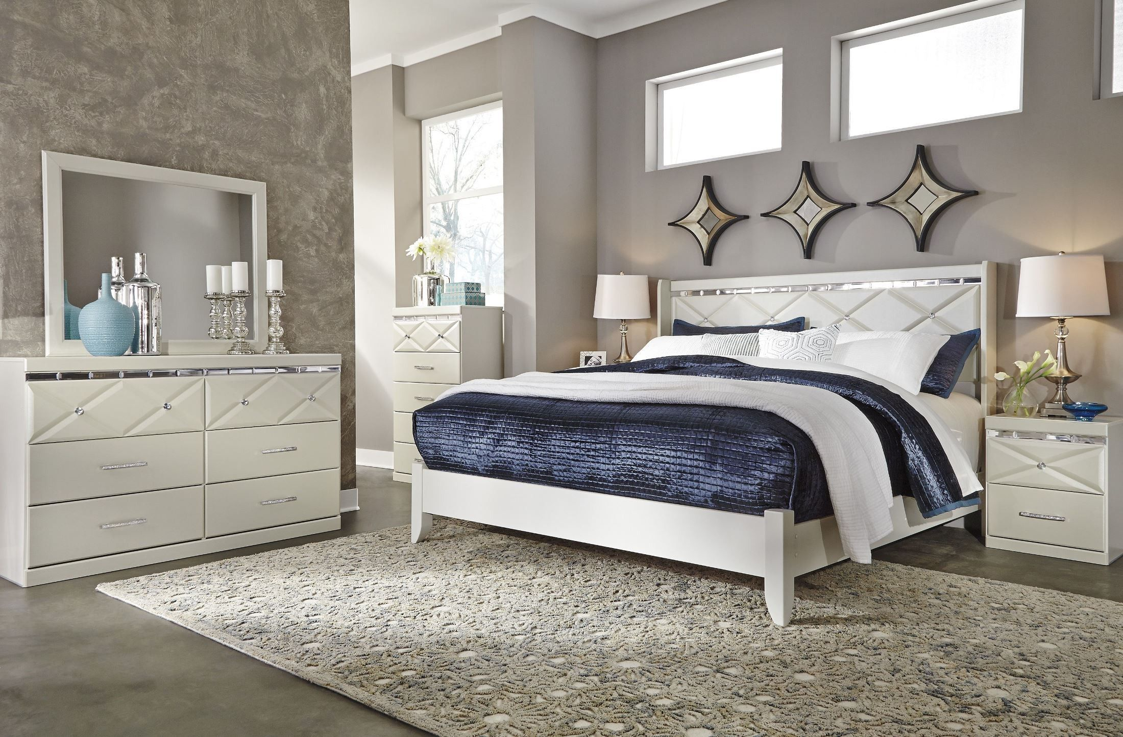 Dreamur Champagne Platform Bedroom Set in 2019 Mirrored