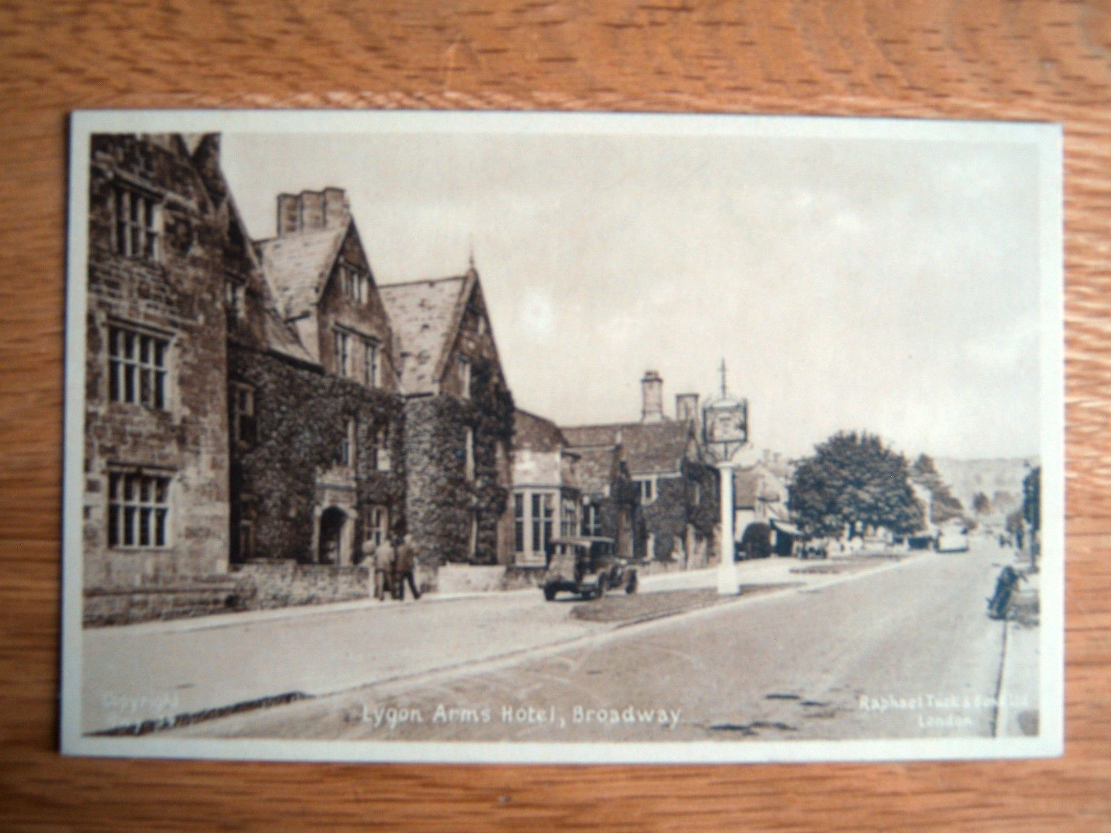 Nice Old Tuck S Postcard Lygon Arms Hotel Broadway Worcestershire Ebay