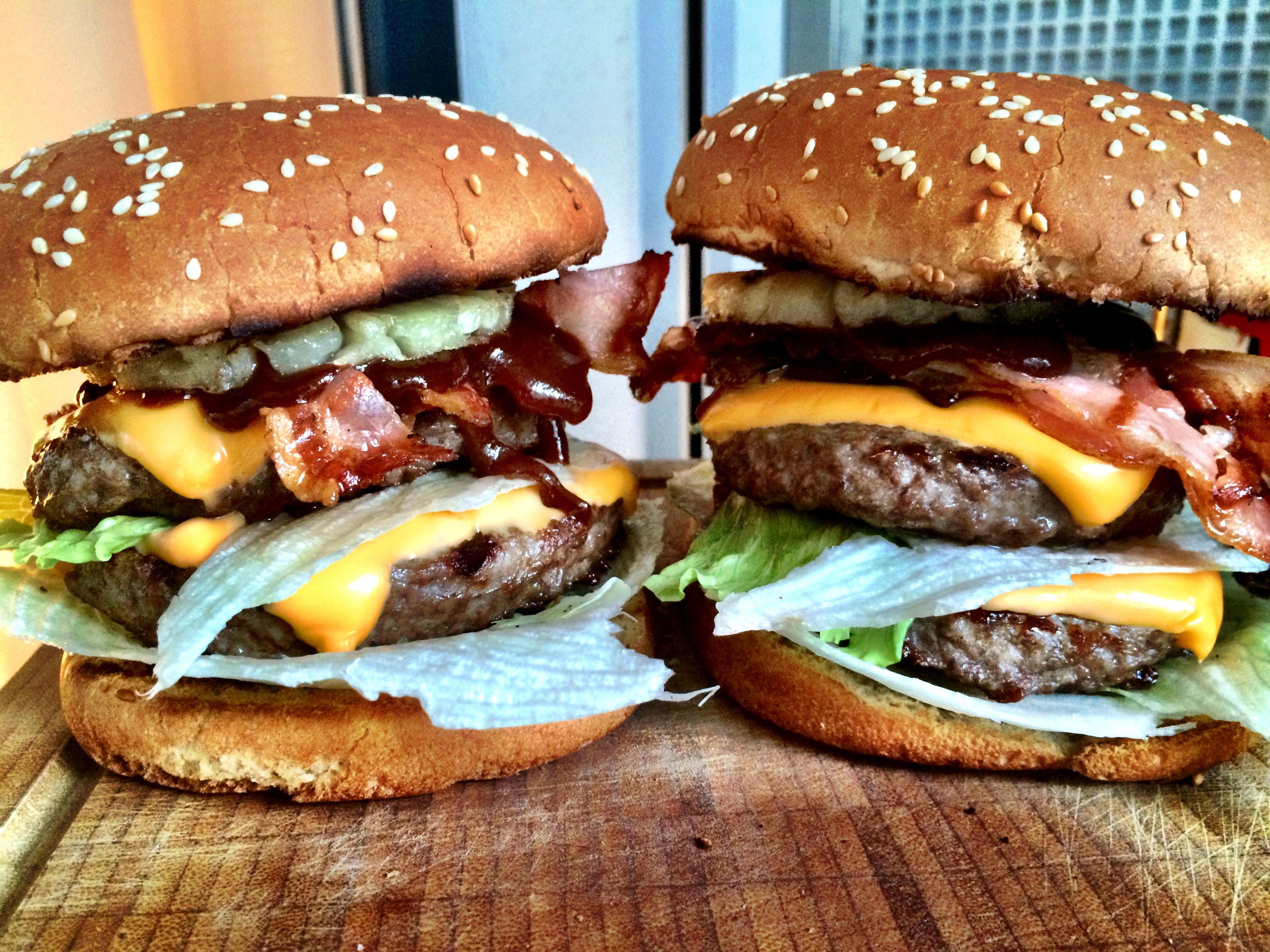 Big Kahuna Burger - Grillkameraden-Version | Burgers, Big and Big ...