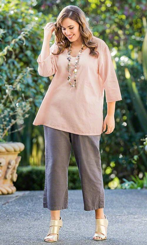 c41ff17315 The plus size clothes for ladies are now available relatively easily, and  there are also several exclusive plus size clothing stores, the products  they keep ...