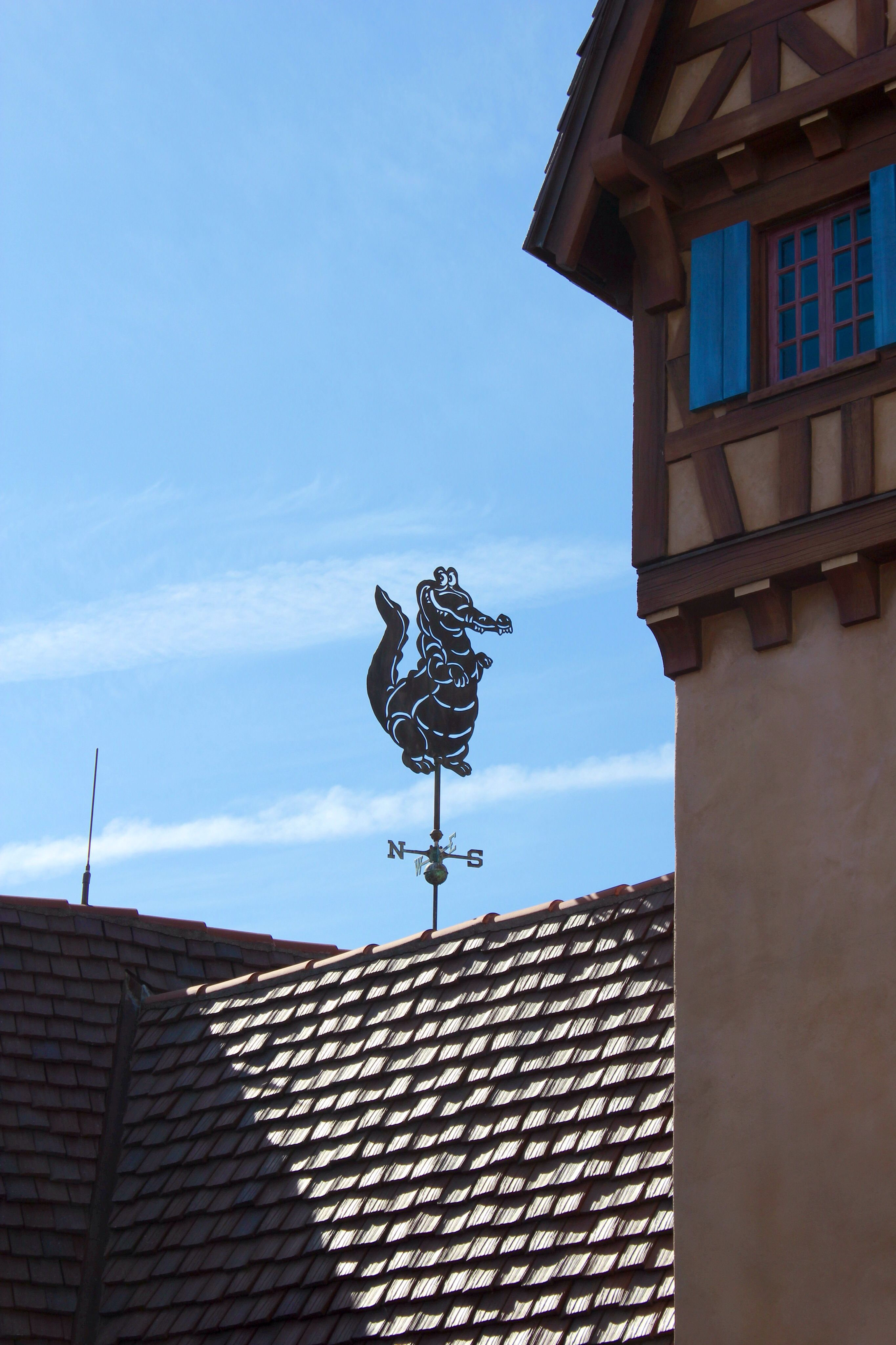 Tick-Tock Croc weather vane <---- this would be hilarious on top of my family's barn!!!  XD