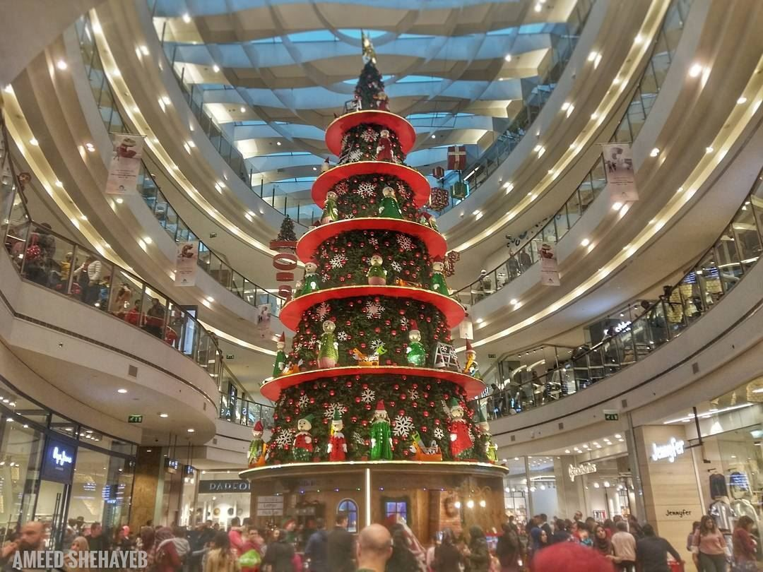 Deck The Halls Christmastree Christmas Xmas Lebanon Beirut City Center Lebanon In A Picture Christmas Tree Deck The Halls Christmas
