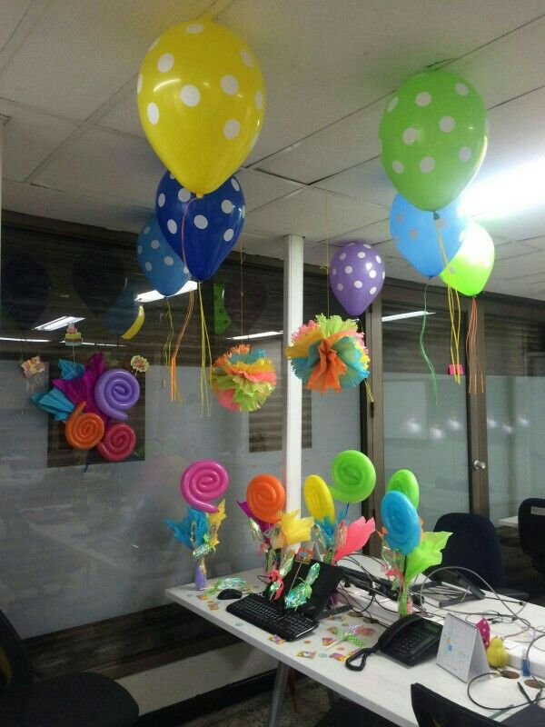 Decoraci n cumplea os oficina cubicle decoration for Decoracion de cumpleanos