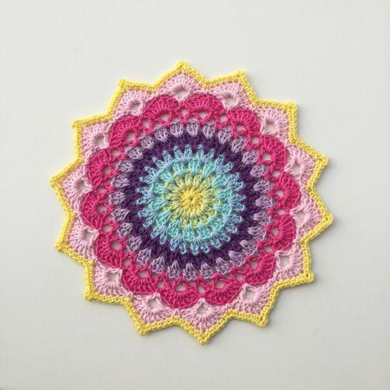 Arte Friki: Mandala a Crochet: 10 Patrones Gratis | Jardines ...