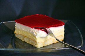 Kuchen ohne Backen - Himbeer-Puddingcreme Schnitten / Kolač bez pečenja - Kremaste kocke sa preljevom od malina #apfelrosenmuffins