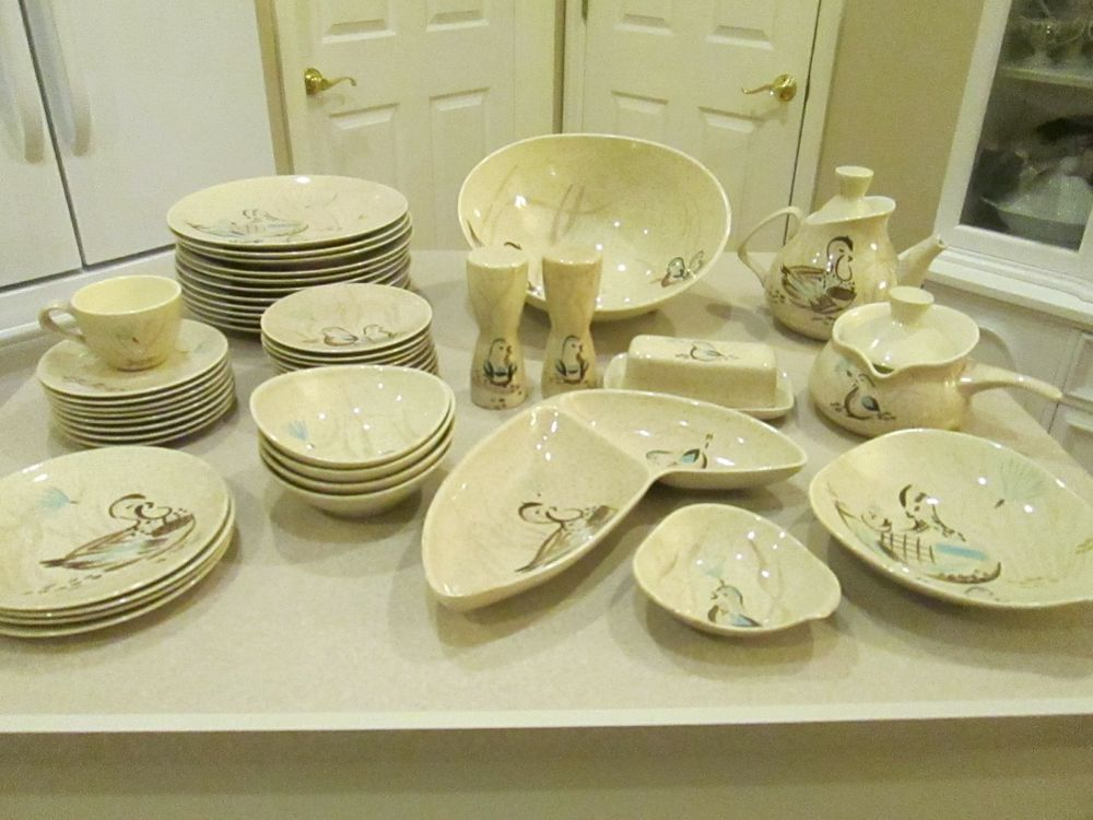 Vintage 1950 S Red Wing Bob White Dishes Quail 47 Pieces Redwing
