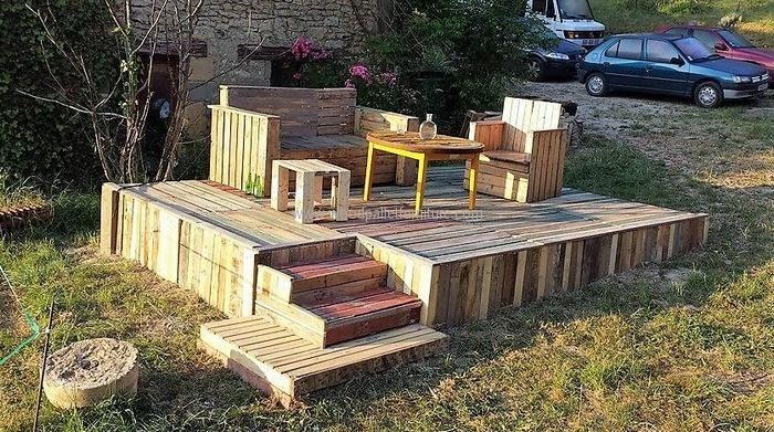 Creative Pallet Recycling Ideas By Les Palettes Du Coeur