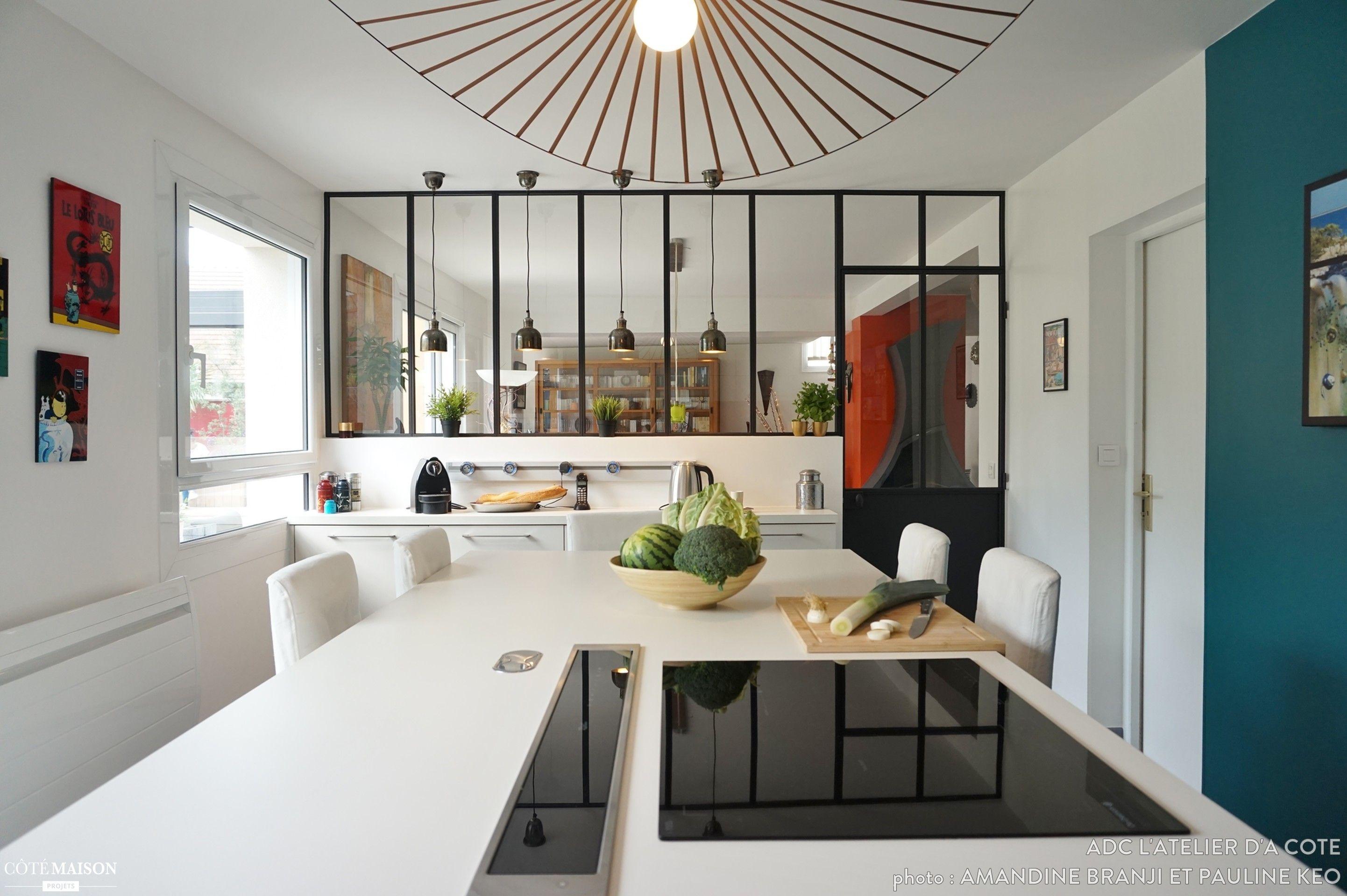 Une Cuisine Modernisée Un Jardin Métamorphosé ADC Latelier Dà - Cote maison salon pour idees de deco de cuisine