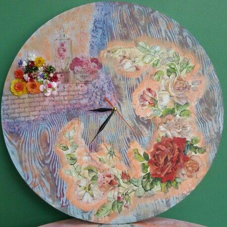 Big a clock....