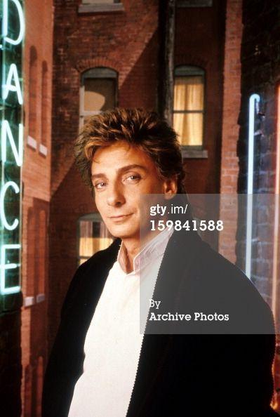 Barry Manilow Swing Street press photo.