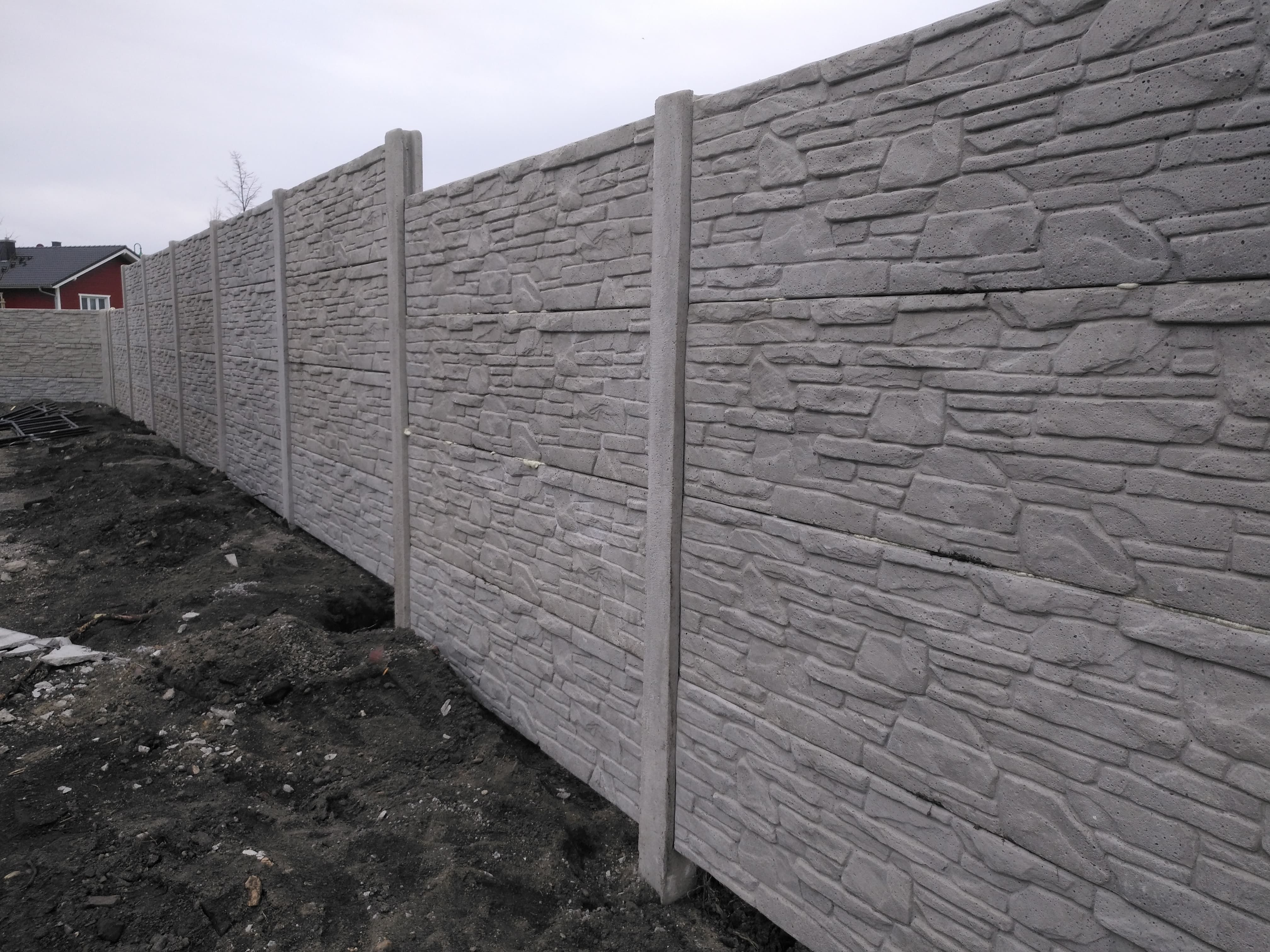 Zaun 20 M hoch   Betonzaun, Zäune aus polen, Betonplatten