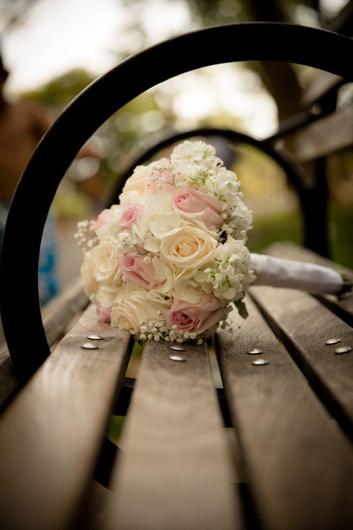 Bouquet Bridal Photos Professional Wedding Photography Poses