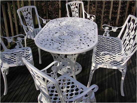 Elegant Classy Cast Aluminum Outdoor Furniture: Oval Gloss White Cast  Aluminum Outdoor Furniture ~ Exterior