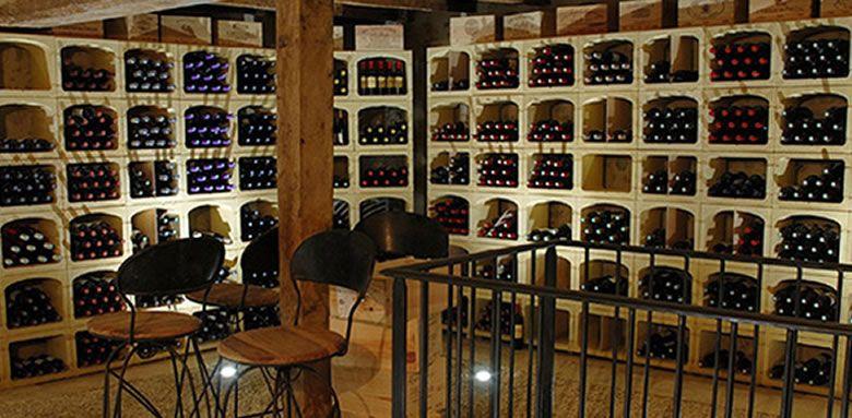 Casier Pour Bouteilles De Vin Rangement Bouteilles De Vin Et Amenagement Cave A Vin Casi En 2020 Amenagement Cave A Vin Rangement Bouteille De Vin Casier A Bouteille