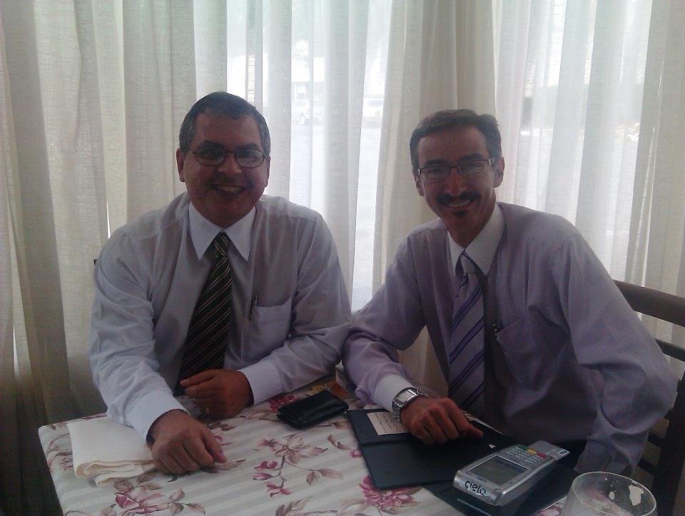 Renato Xaxá e Paulo Lassi, em almoço em Goiânia. Maio 2012.