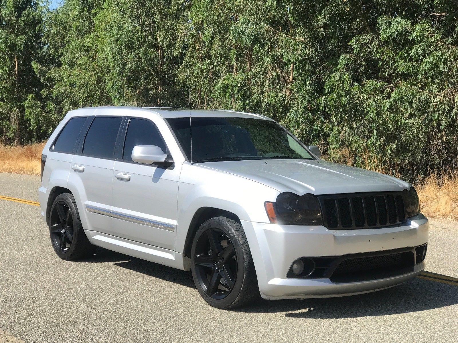 Lowered 2006 Jeep Grand Cherokee Srt8 4 4 For Sale Grand