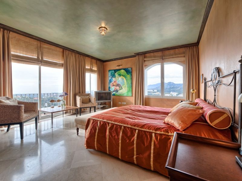 Penthouse For Sale At Las Colinas De La Heredia, Benahavís, Marbella West,  Wuth Great Sea View And Pool.