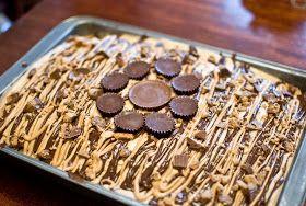 MommaHub PhotoBug88: REESES CAKE!!!!!!!!