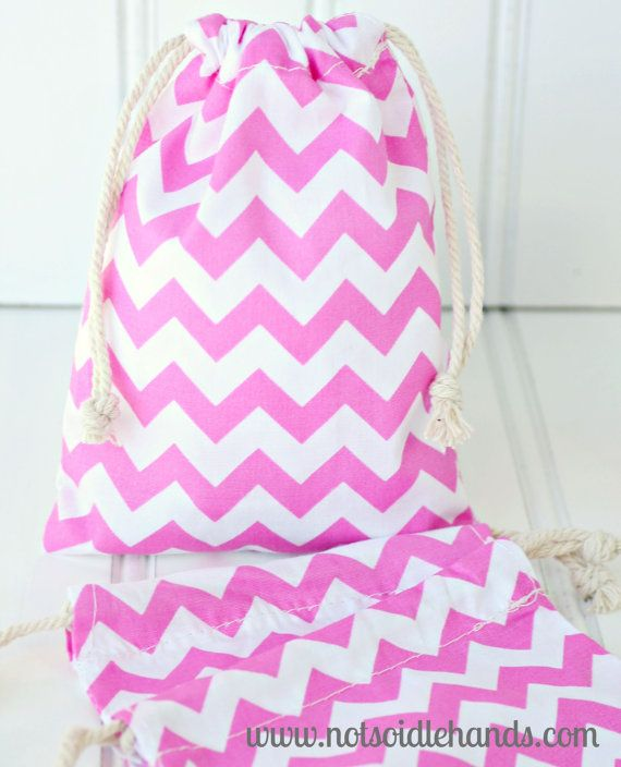 Check out this item in my Etsy shop https://www.etsy.com/listing/189161898/premium-chevron-drawstring-favor-gift