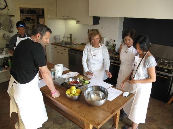 La Reyniere Cooking Class: Cooking with Béatrice
