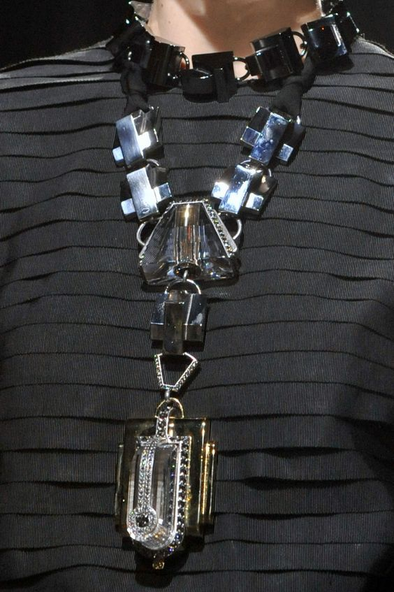 Lanvin Jewelry Collection , New trends and luxury details that make a difference