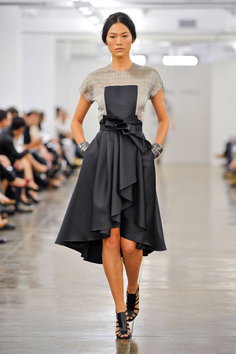 Carmen Marc Valvo Spring 2013 Ready-to-Wear Collection  - ELLE.com