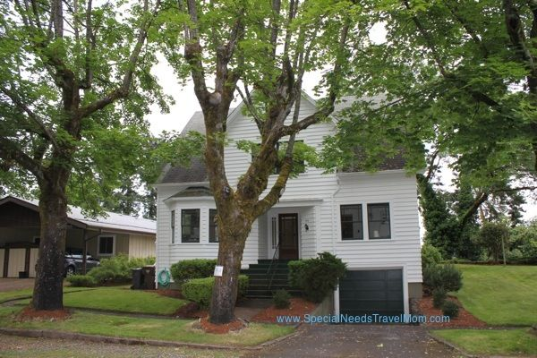 Twilight Movie Filming Locations Finding Bella S House Twilight Movie Twilight Photos Twilight