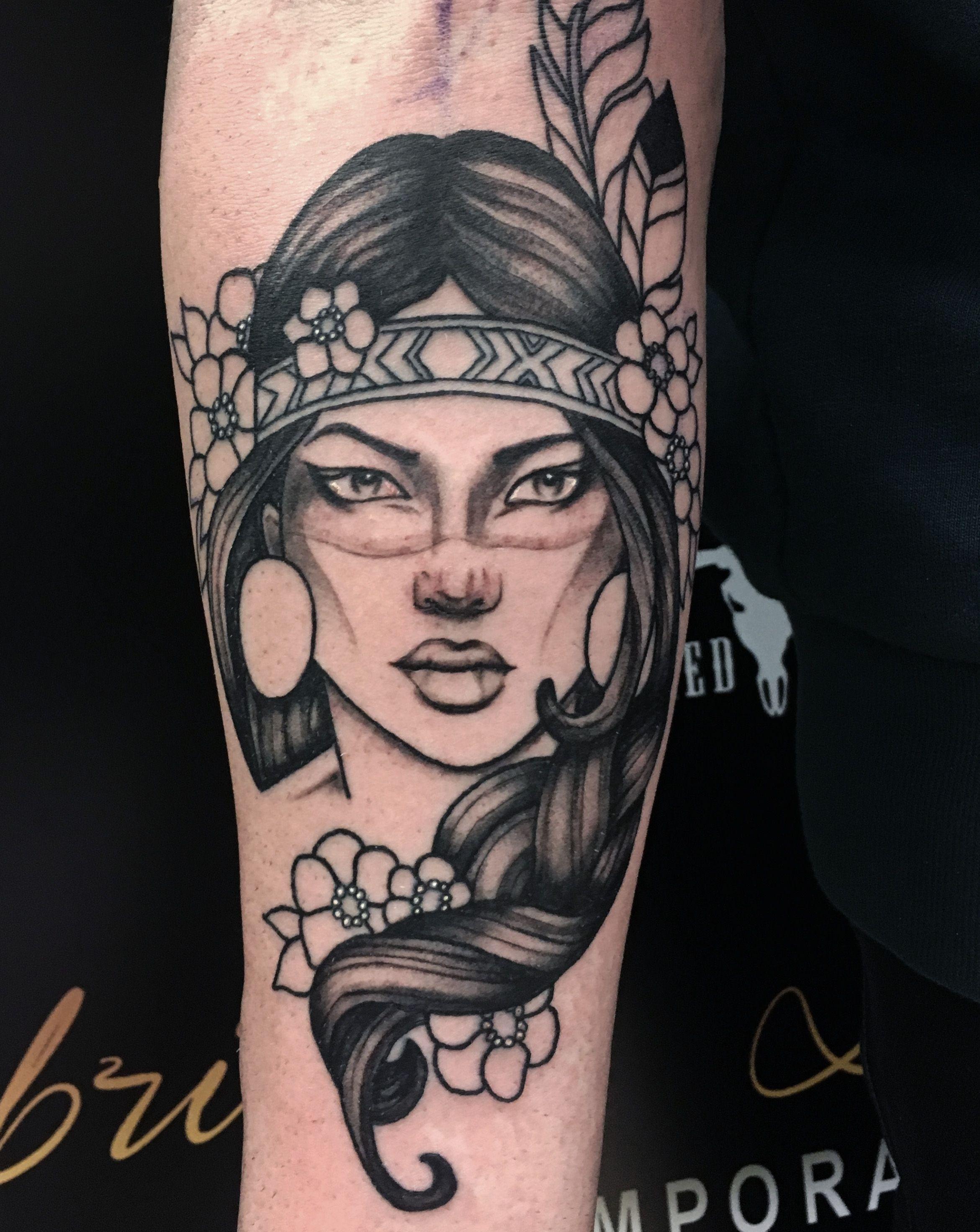 Chickasaw Tattoo : chickasaw, tattoo, Black, Grey,, Realism,, Traditonal,, Native, American,, Indian,, Woman,, Woman, Tattoo, Chickasaw, Indian, Tattoo,, Tattoos, Women,