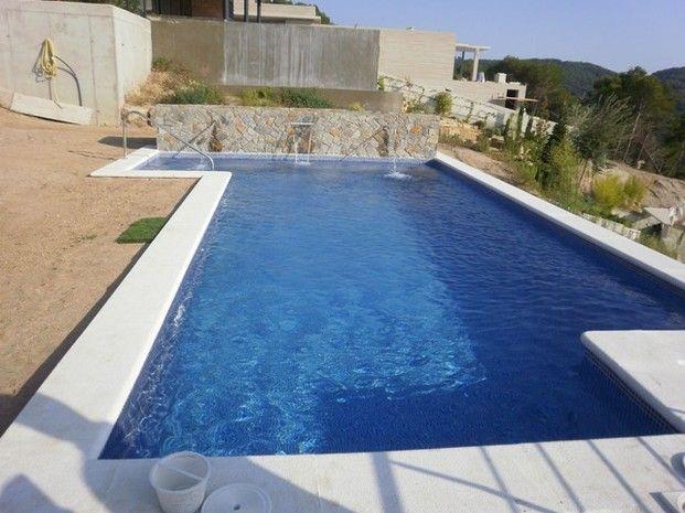 Piscina con cascadas piscinas pinterest piscinas for Piletas con cascadas