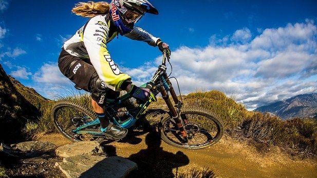 Pin By Mountain Bike Review On Mountain Bikes Bicycle Women
