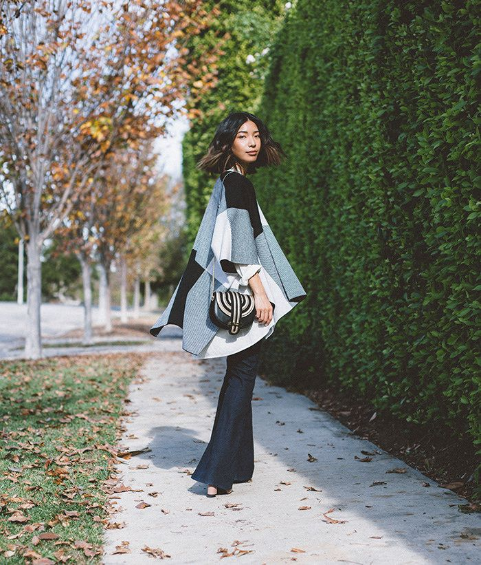 Honey & Silk looks perfect in her 70's inspired 7 For All Mankind Tailorless Pintuck Trousers from the 7FAM's Holiday Gift Guide