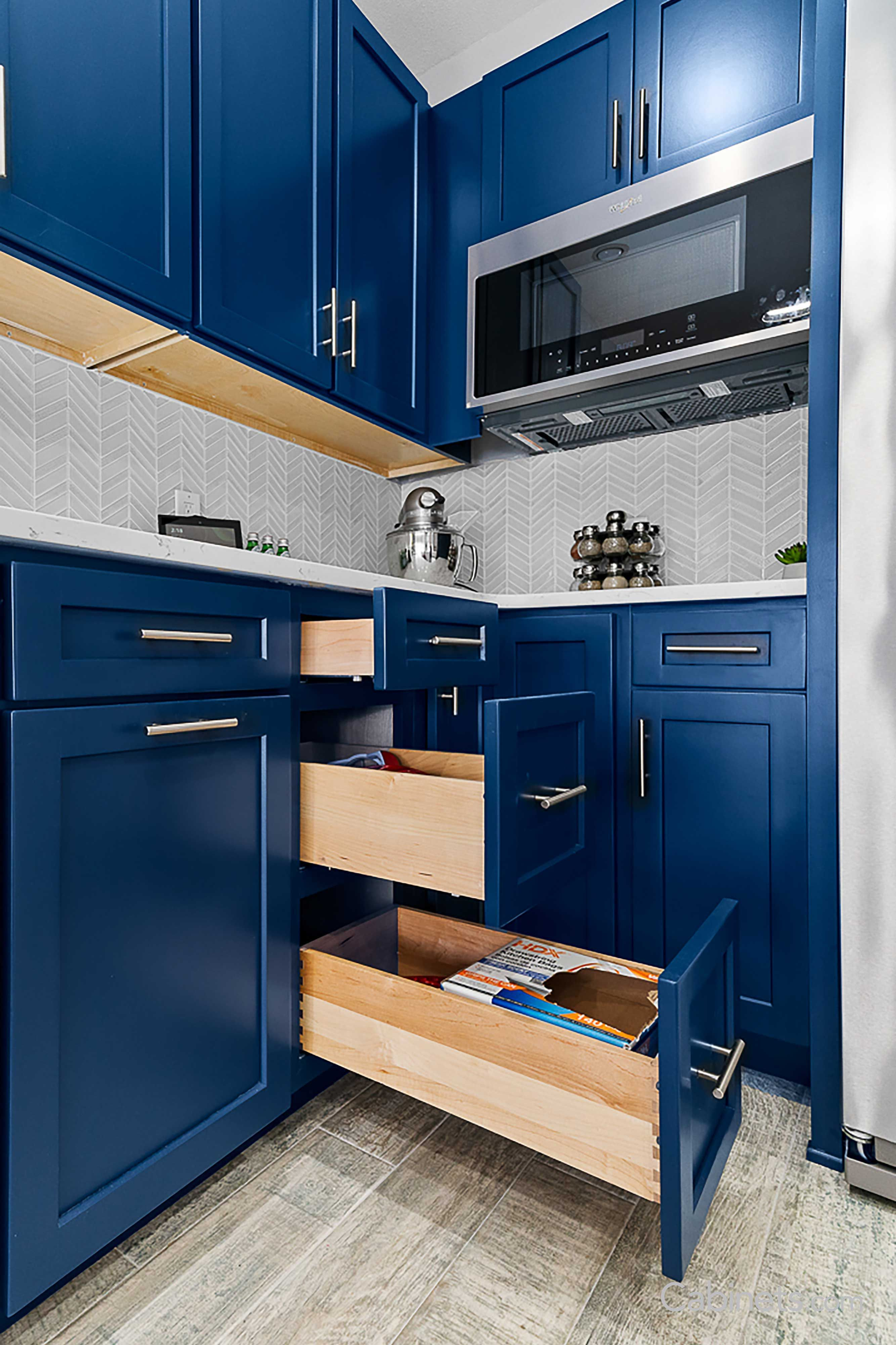 Colonial Ii Maple Naval Cabinets With Soft Close Deep Drawers For Maximum Storage And Organiz Colorful Kitchen Decor Cheap Kitchen Decor Navy Kitchen Cabinets