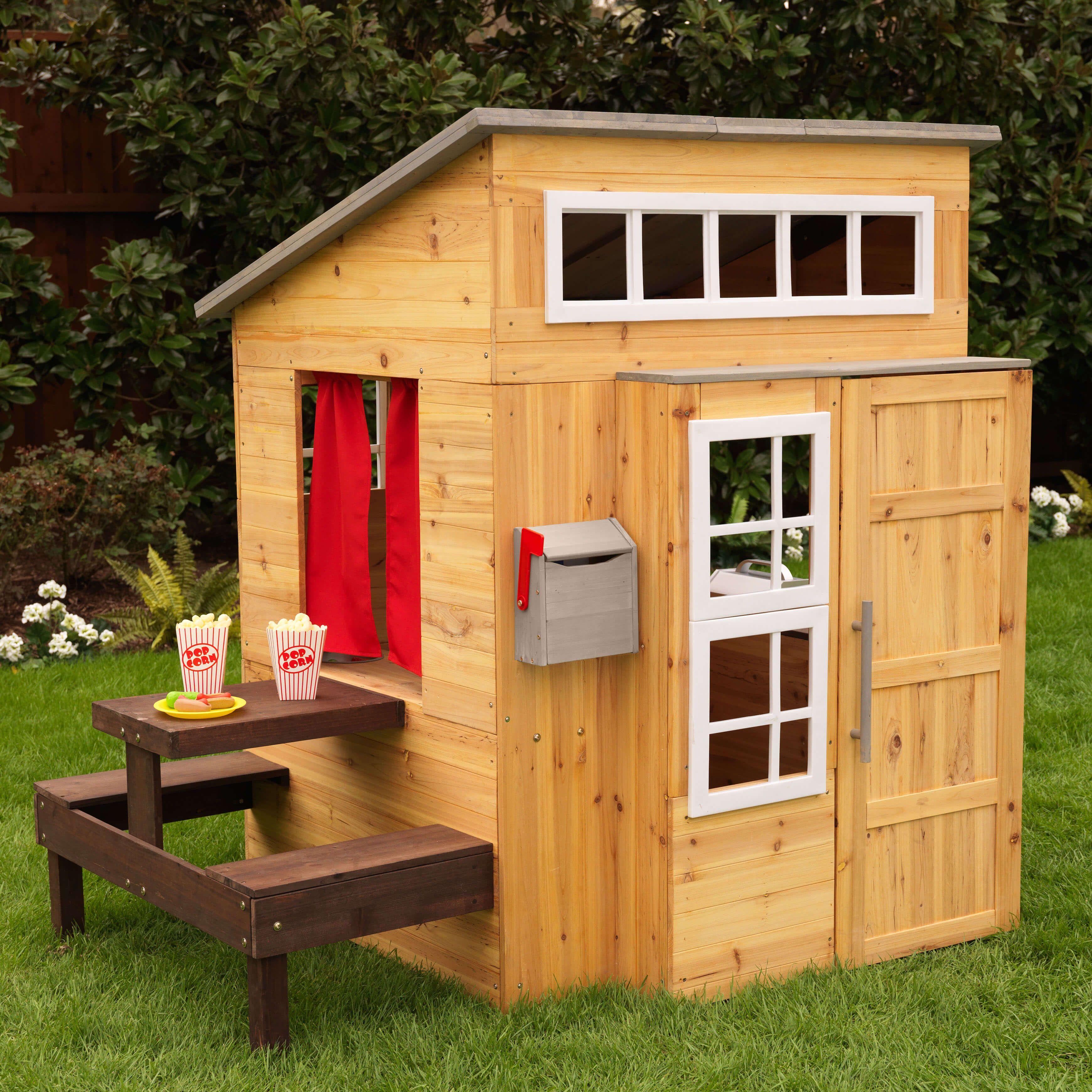 Dieses super moderne und besondere Spielhaus aus Holz von