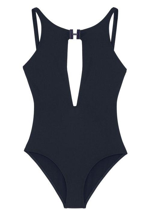 20 maillots de bain sexy qui font un corps de bombe. Black Bedroom Furniture Sets. Home Design Ideas