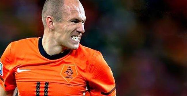 Holanda cae en juego de preparacion 1-2 con Bulgaria
