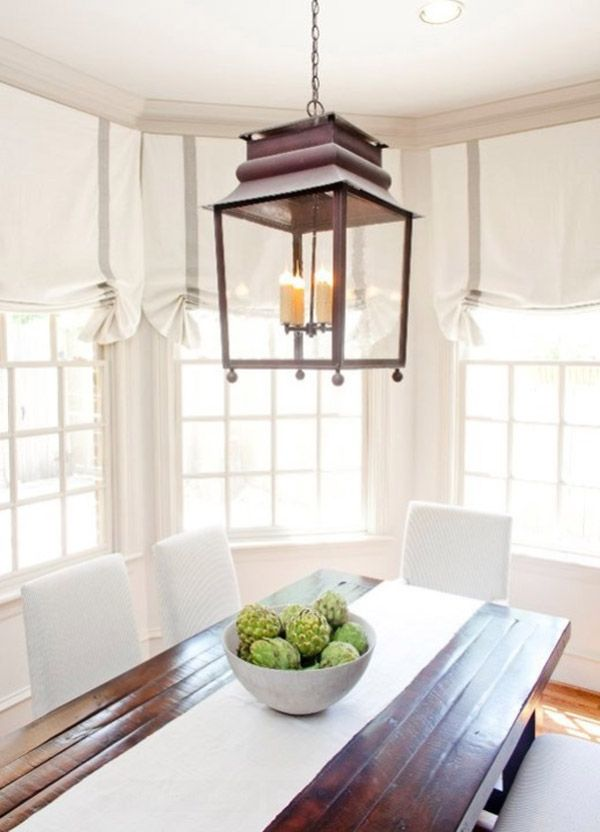 Classic Flat And Relaxed The Revival Of Romantic Roman Shades Farmhouse Dining Room Traditional Family Rooms Dining Room Lighting