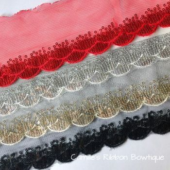 Chiffon Trims & Lace Motifs :: Chiffon, Pearl & Sequin Trims :: Scalloped Sequin Trim - 1 yard -