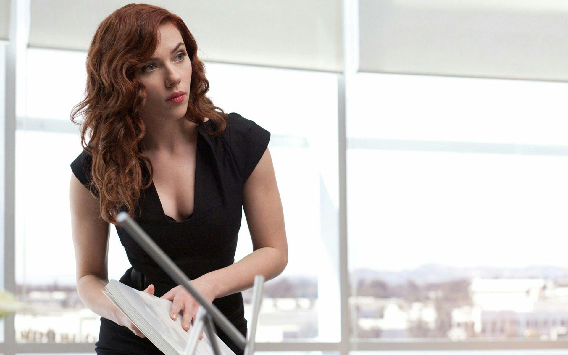 Pin By Megan Johnson On Hot Girls Scarlett Johansson