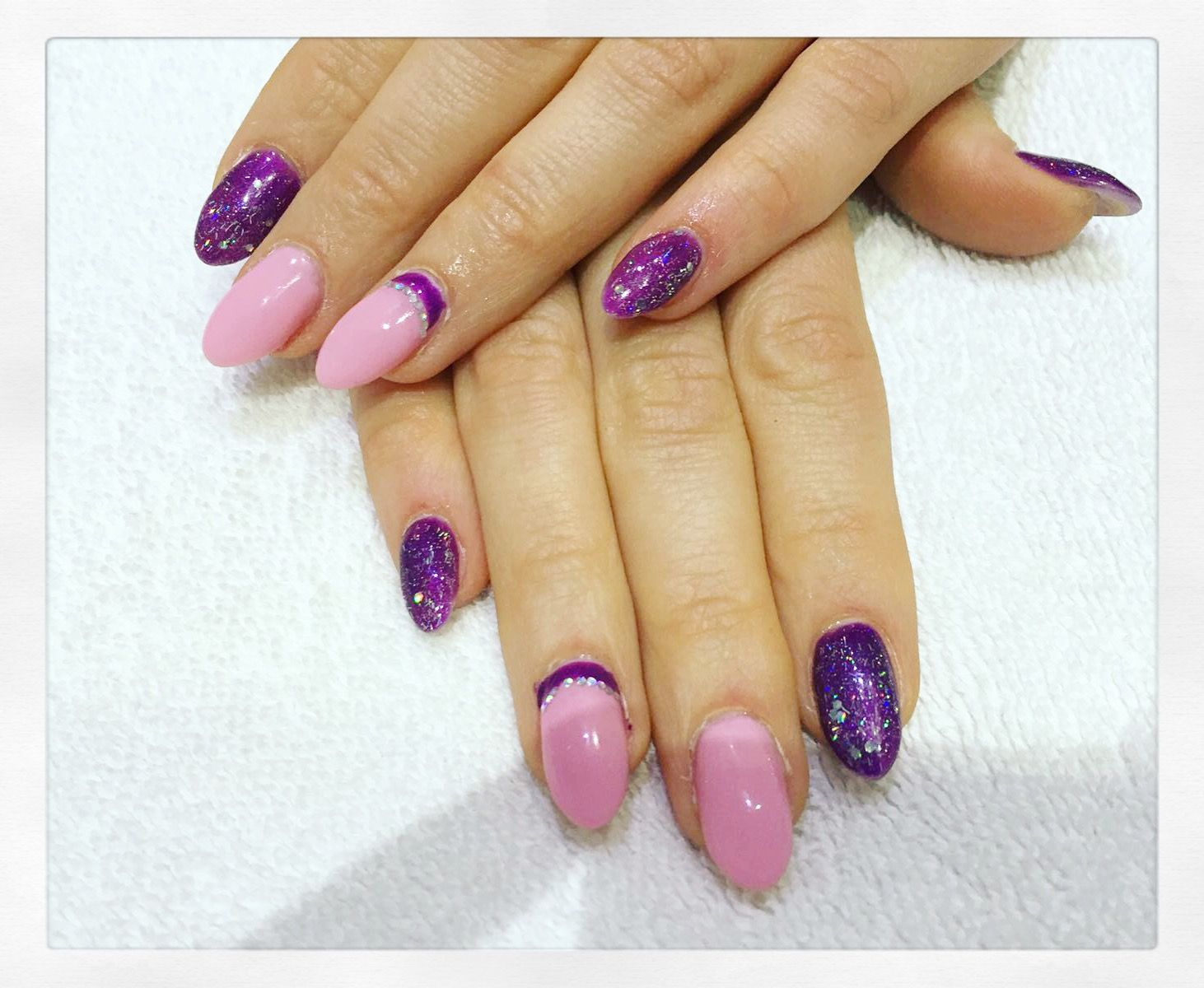 Here\'s an example of Monika\'s fantastic nail art this week! Manicure ...