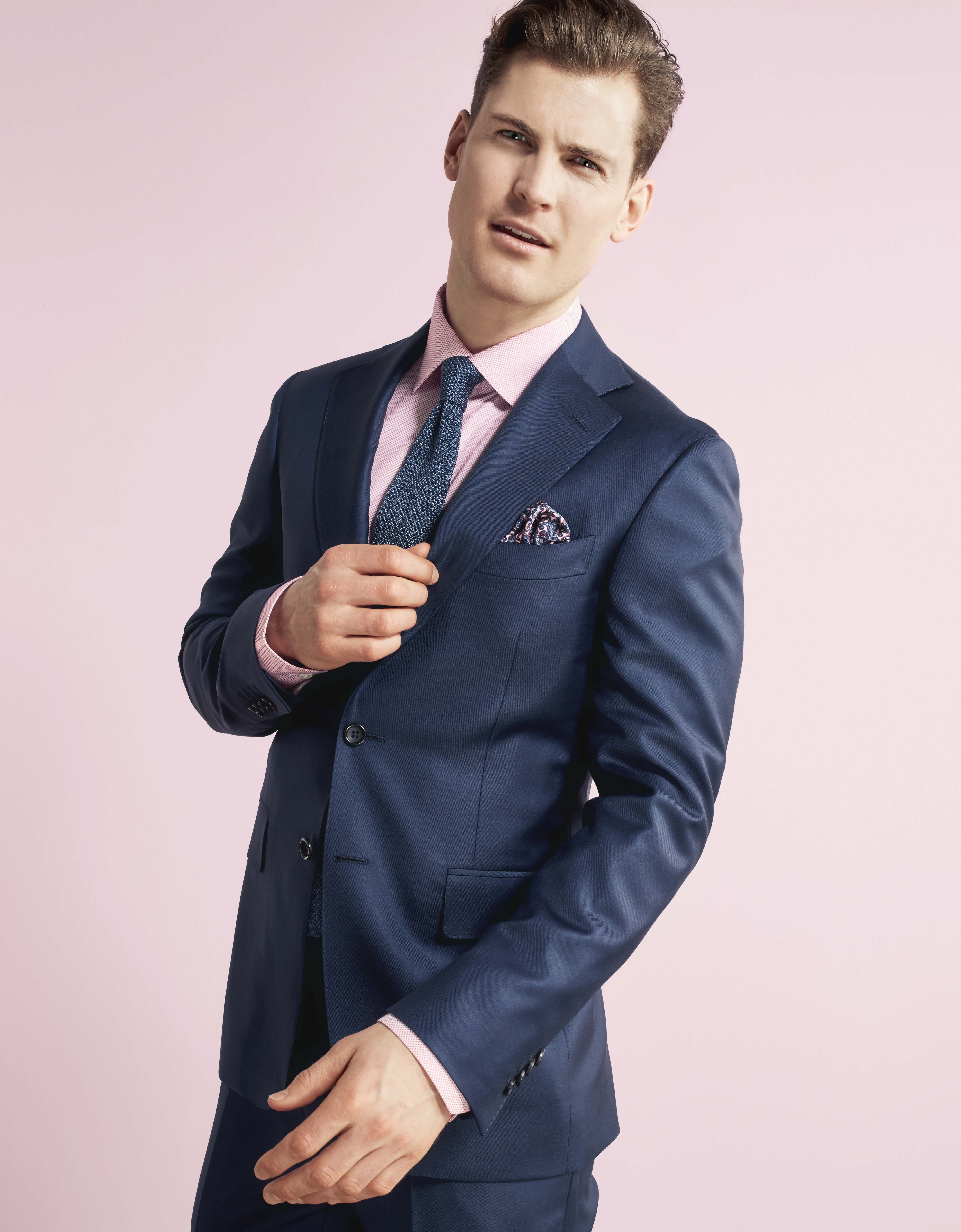 troelstrup ss16 blue suit from canali with pink shirt fra. Black Bedroom Furniture Sets. Home Design Ideas