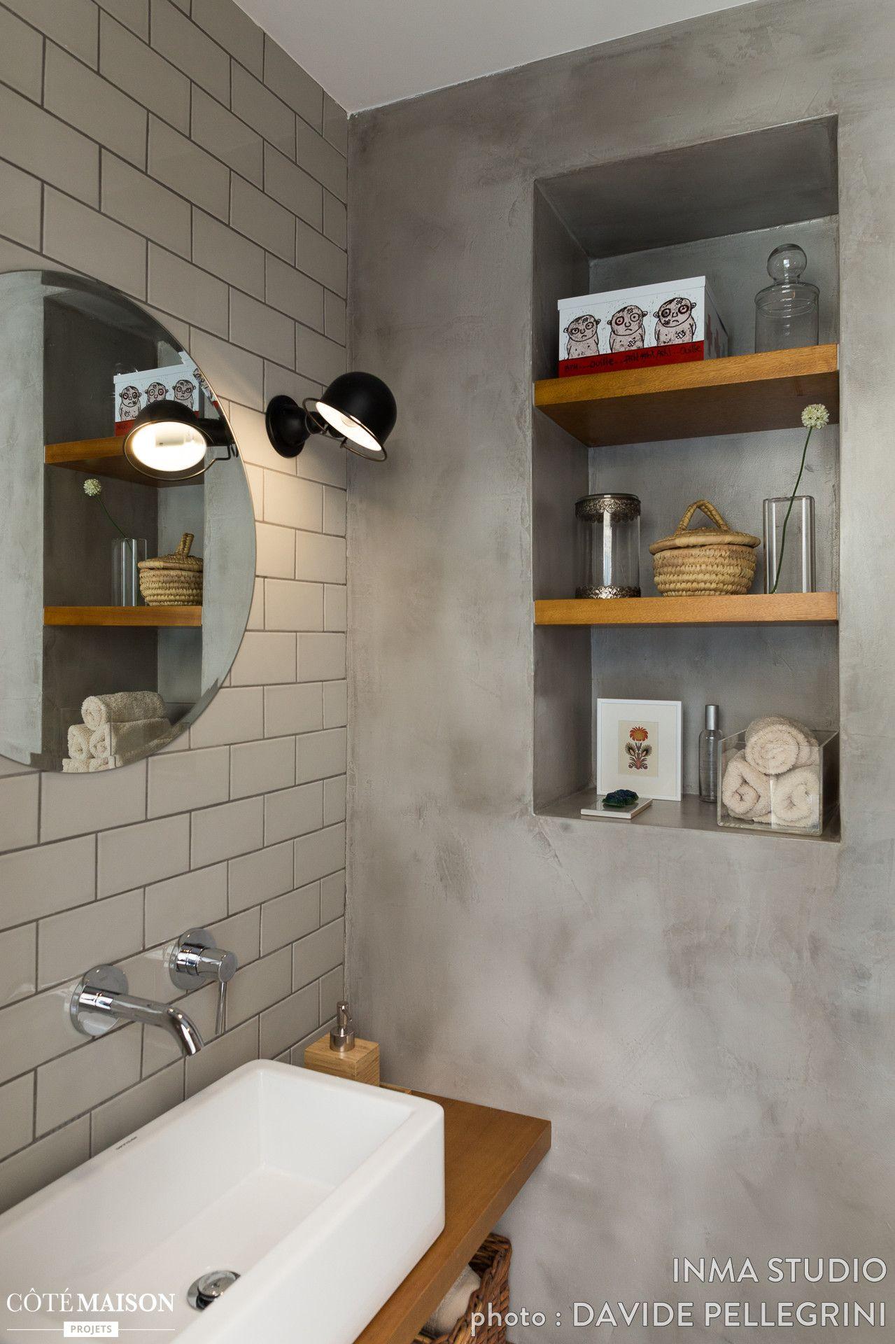 nous avons r nov un toilette avec un lavabo dans une. Black Bedroom Furniture Sets. Home Design Ideas