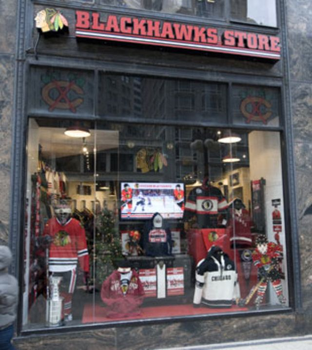 huge selection of 7a9e4 a197f new chicago blackhawks store | blackhawks store chicago 333 ...