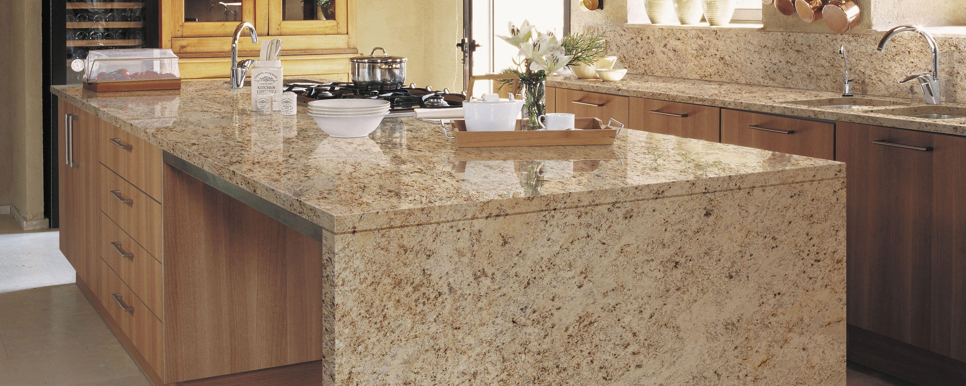 Cubierta granito gold cocinas integrales m dul studio for Cocinas de granito natural