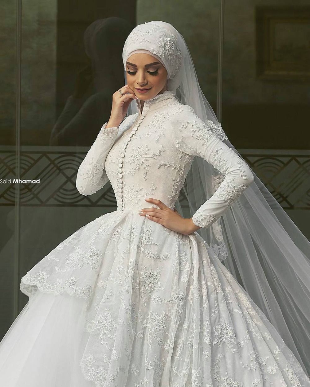 2017 Muslim Wedding Dresses With Long Sleeves Appliqued High Neck Arabic Hijab Dress Lace Ball Gown Said Mhamad Designer