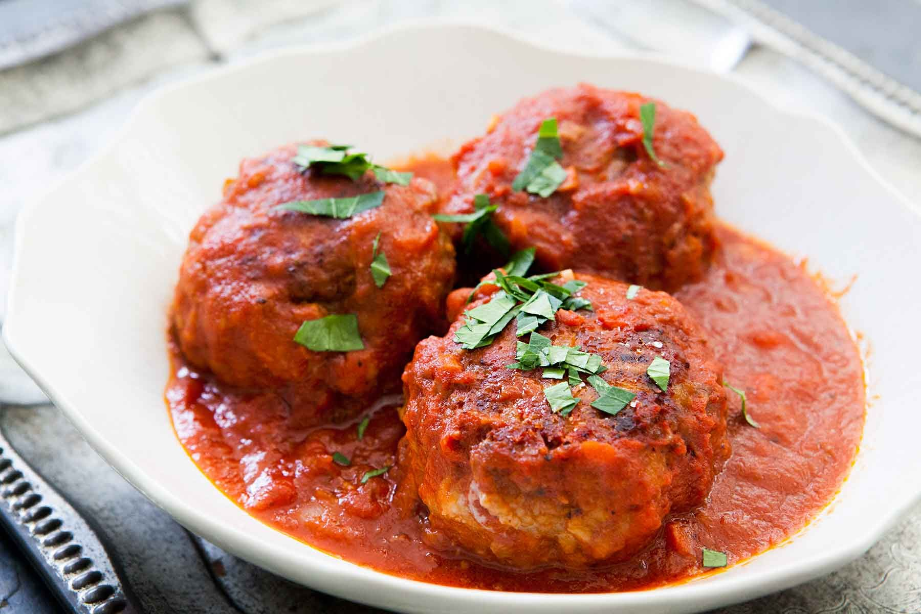 Italian Meatballs Recipe Simplyrecipes Com Recipe Italian Meatballs Recipe Recipes Italian Meatballs