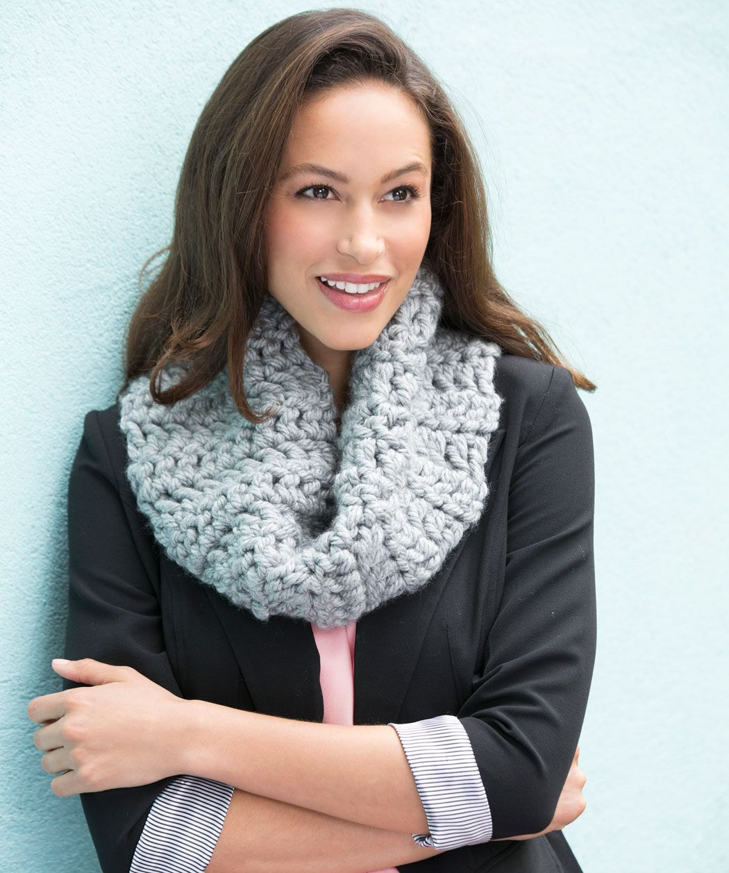 Classic chunky cowl free crochet pattern from red heart yarns classic chunky cowl free crochet pattern from red heart yarns bankloansurffo Image collections