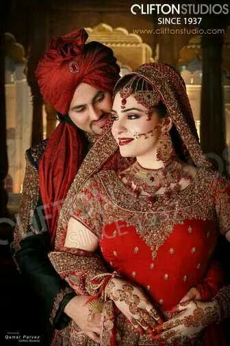 Pakistani film actress reema khan s sister on her wedding ReaL Reema pictures on sister wedding