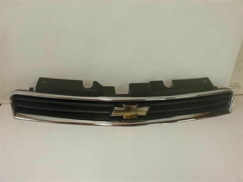 Grille Without Fog Lamps Upper Fits 06 11 Impala 151379 Chevrolet Fog Lamps Impala Automotive Accessories