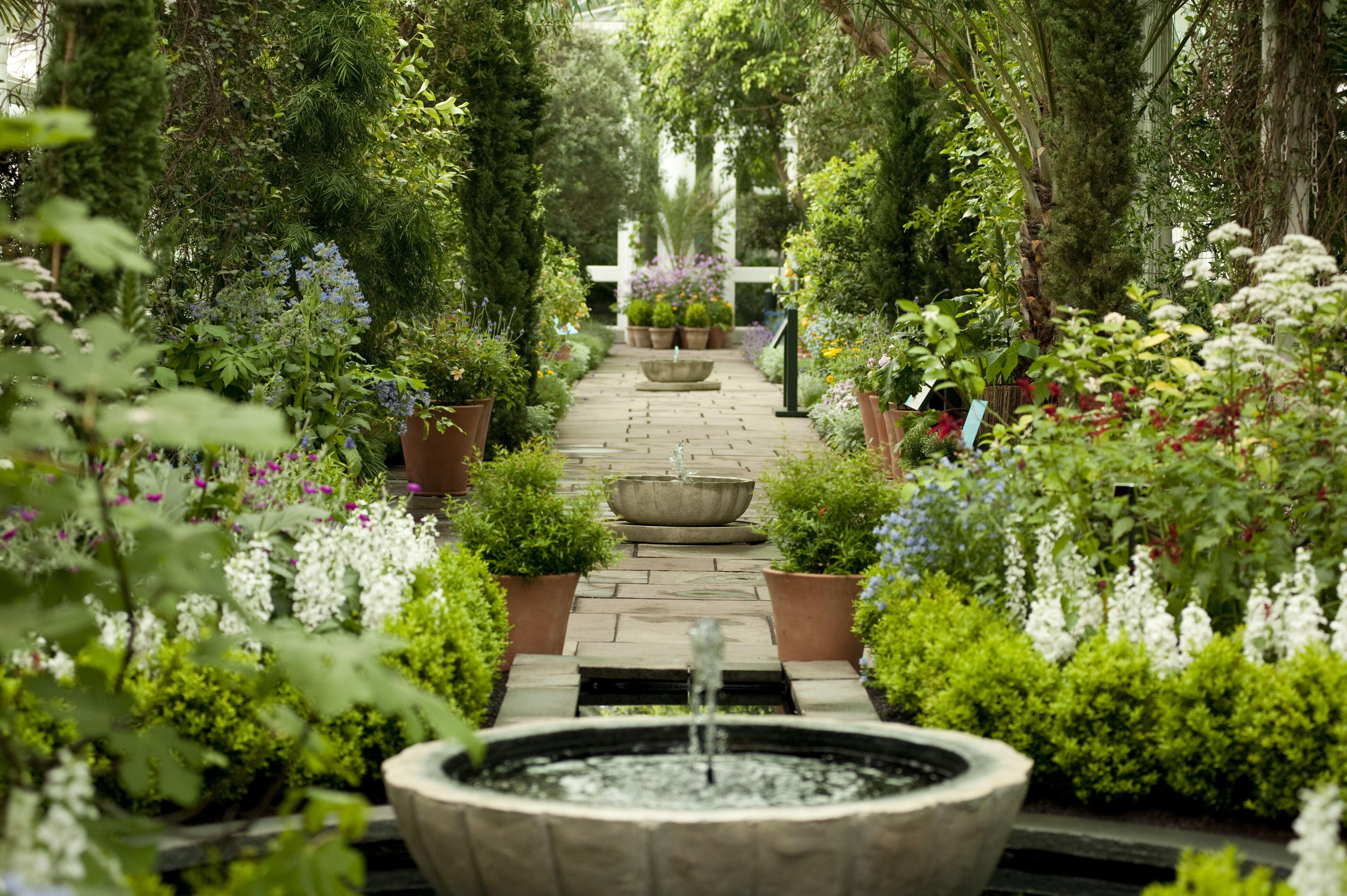 Spanish gardens - Google Search